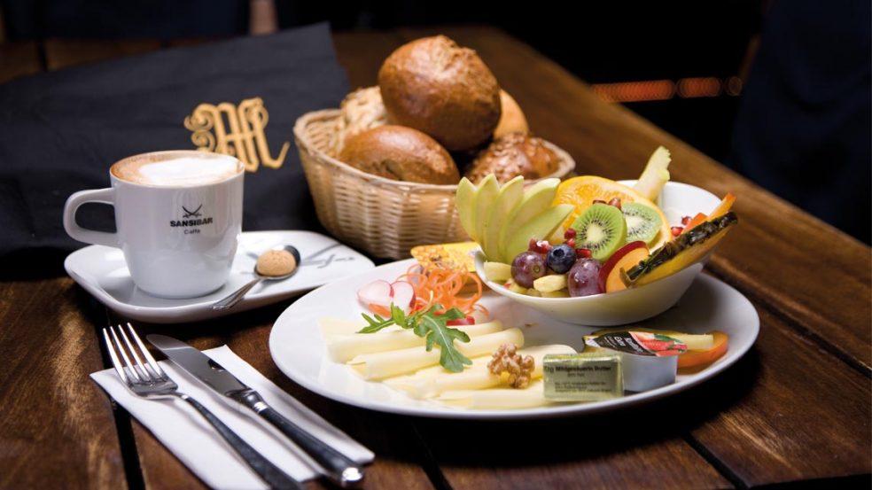 Attraktiv angerichtet lässt das Frühstück die Herzen der Gäste höherschlagen.