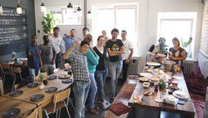 Das Salam Kitchen sollte für die drei Gründer primär als Restaurant funktionieren, trotzdem wollen sie die Möglichkeit nutzen, neue Fachkräfte für die Branche zu begeistern.