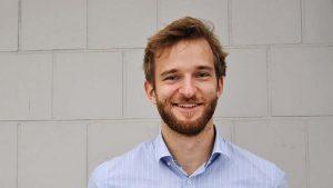 Julius Kuhn-Régnier, Leiter des Online-Bereichs von Viani.