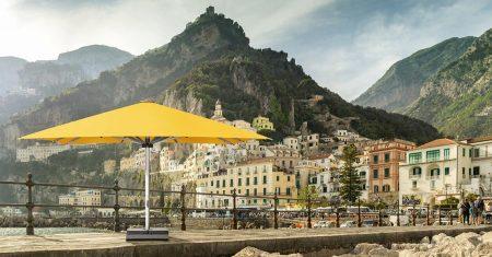 Mit dem passenden Schirm sind die Gäste jederzeit vor Sonne und Schauern geschützt.