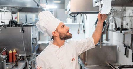 Vorsicht bei selsbtständigen Köchen und Küchenhilfen.
