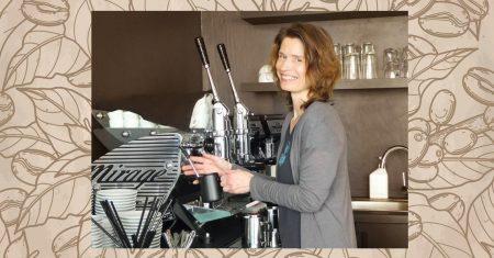 In Frankfurt hat sich eine Kaffeeliebhaberin ihren Traum vom eigenen Café erfüllt. Genuss, Flair und Veranstaltungen bestimmen das Konzept.