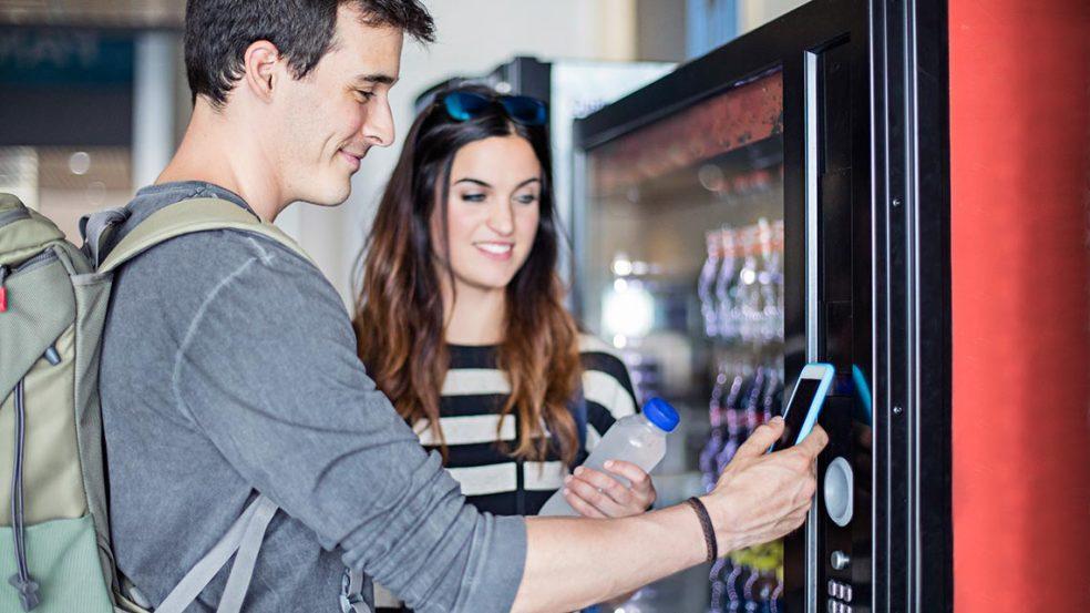 Bargeldloses Bezahlen ist auch am Verkaufsautomaten möglich.