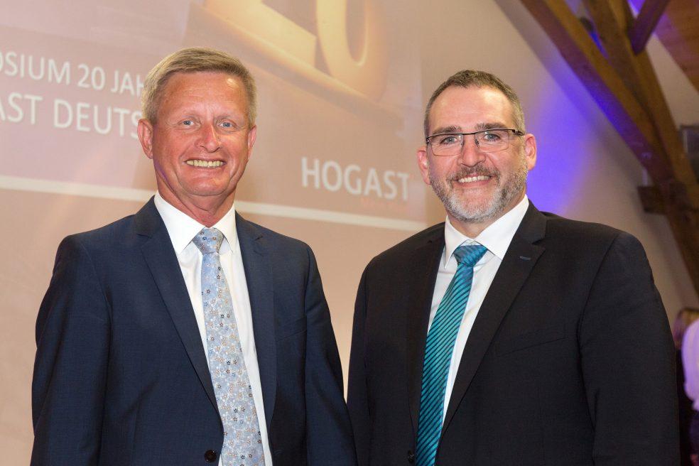 HOGAST-Geschäftsführer Lothar Lenke (links) und sein Nachfolger Andreas Klein freuten sich über das große Interesse am ersten HOGAST-Symposium in Deutschland.