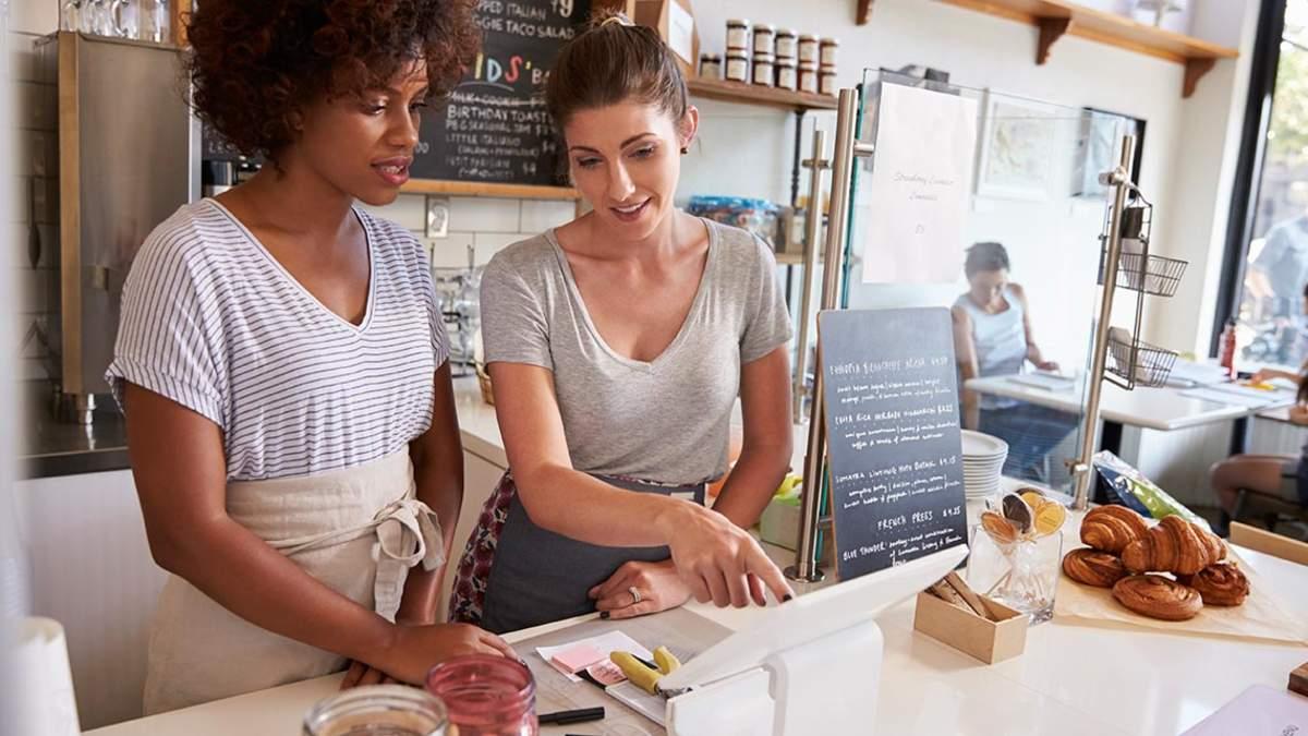 Was Gastronomen und Hoteliers über die Probearbeit und Probezeit wissen sollten